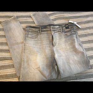 Abercrombie Grey stretch skinny jeans. 14R.